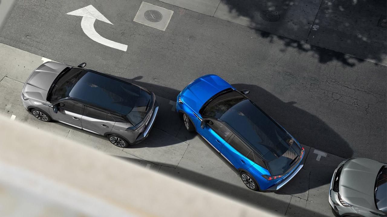 Peugeot e-2008 aparcamiento