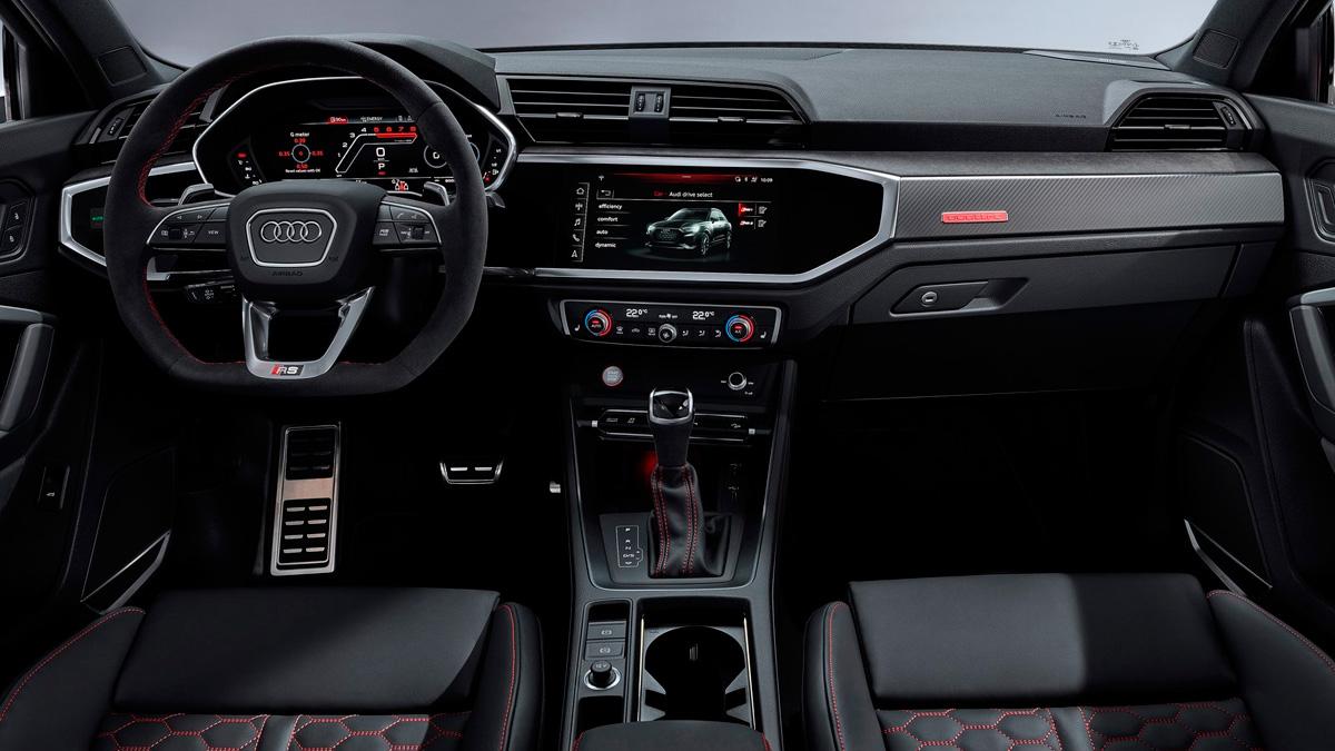Audi RSQ3 2020 interior