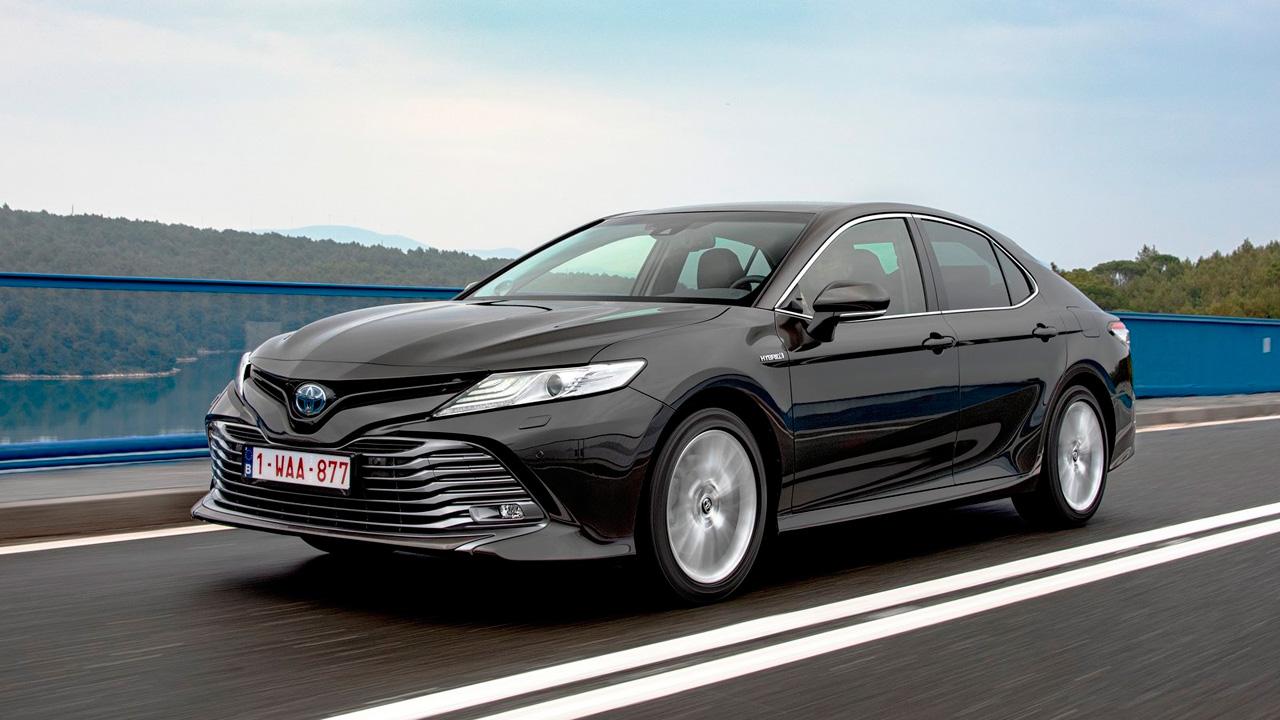 Mejores coches híbridos: Toyota Camry