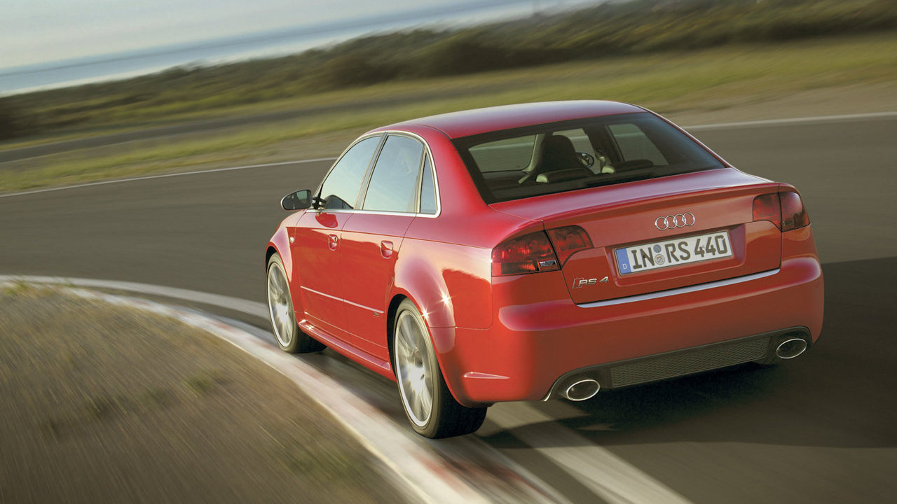 Audi RS4 (B7) Berlina