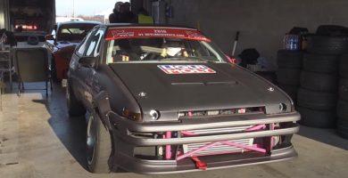 Toyota AE86 de drift