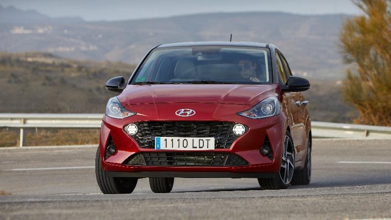 Prueba Hyundai i10 2020 curva