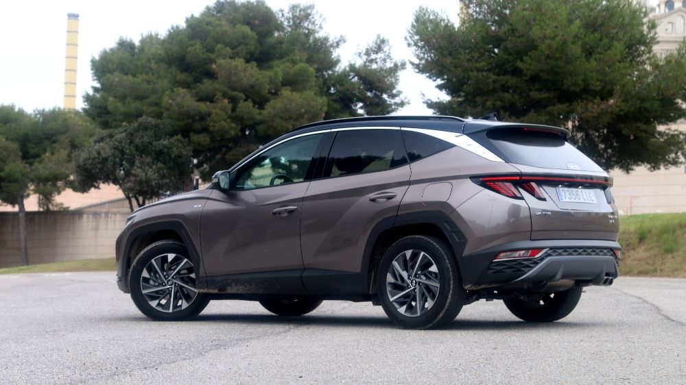 Prueba Hyundai Tucson Diesel lateral trasera