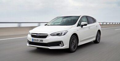 Prueba del Subaru Impreza híbrido 2021