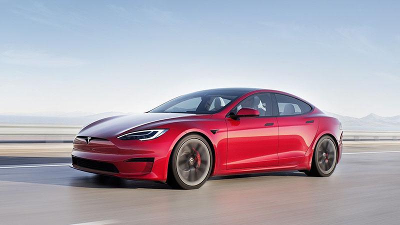Tesla Model S Plaid + cancelado