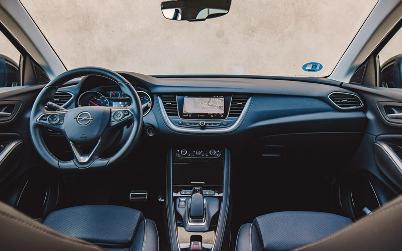 Prueba del Opel Grandland X Hybrid4 300